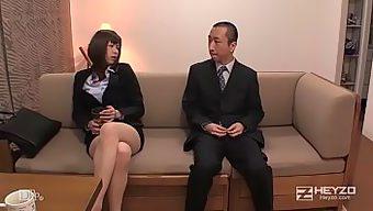 美痴女~タイトなミニスカで誘う淫女~ - 加藤ツバキ 1